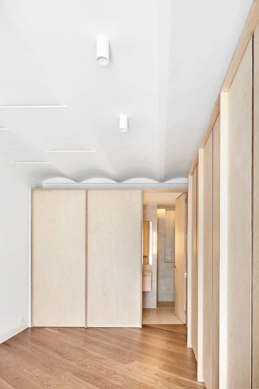 mitre-apartment-bajet-girame-architects-interior-apartment-residential_lr_dezeen_1704_col_20