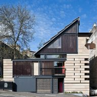 """Richard Murphy's """"box of tricks"""" home named UK house of the year 2016"""