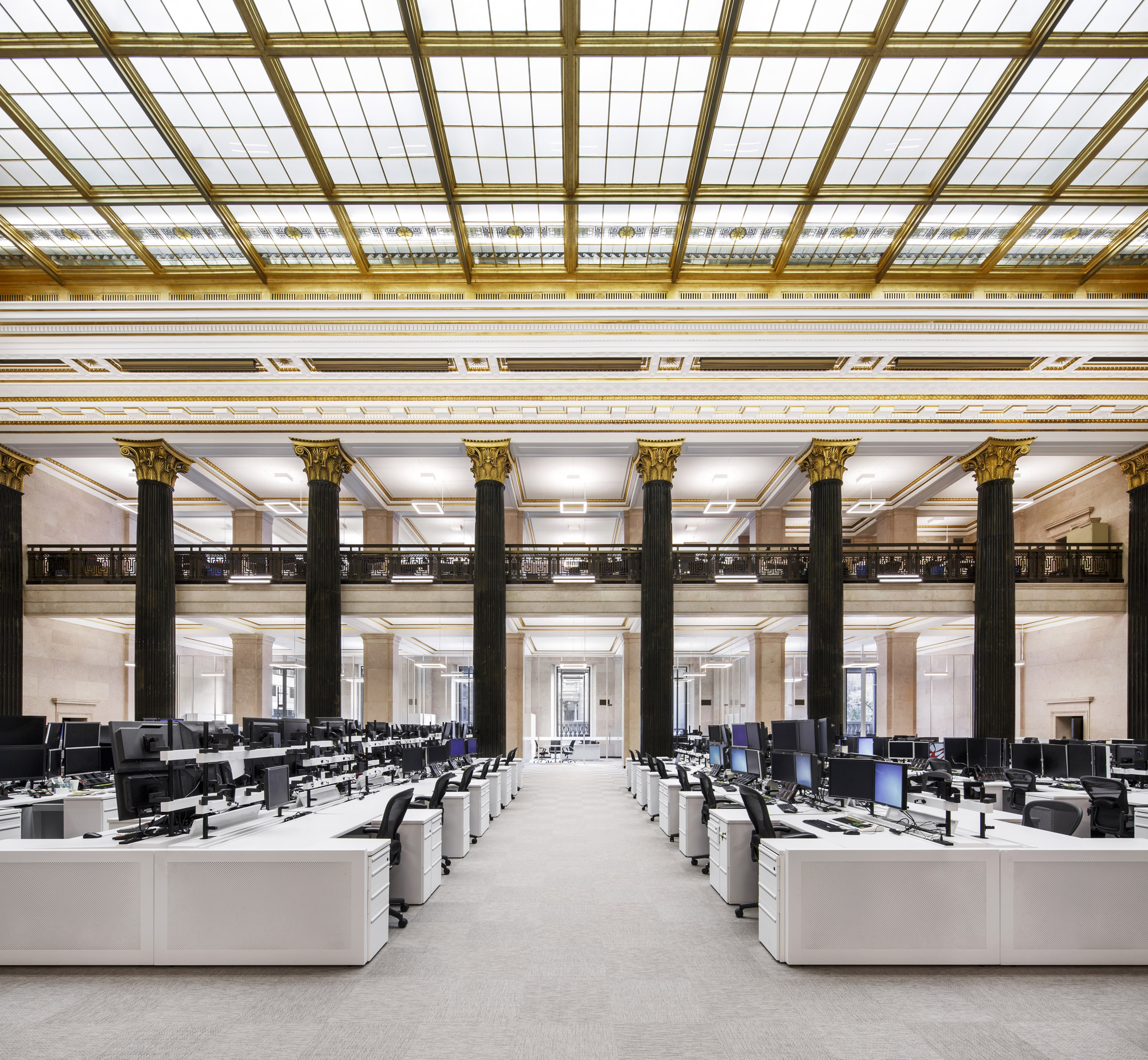 Architecture 49 refurbishes historic banking floor in central Montreal