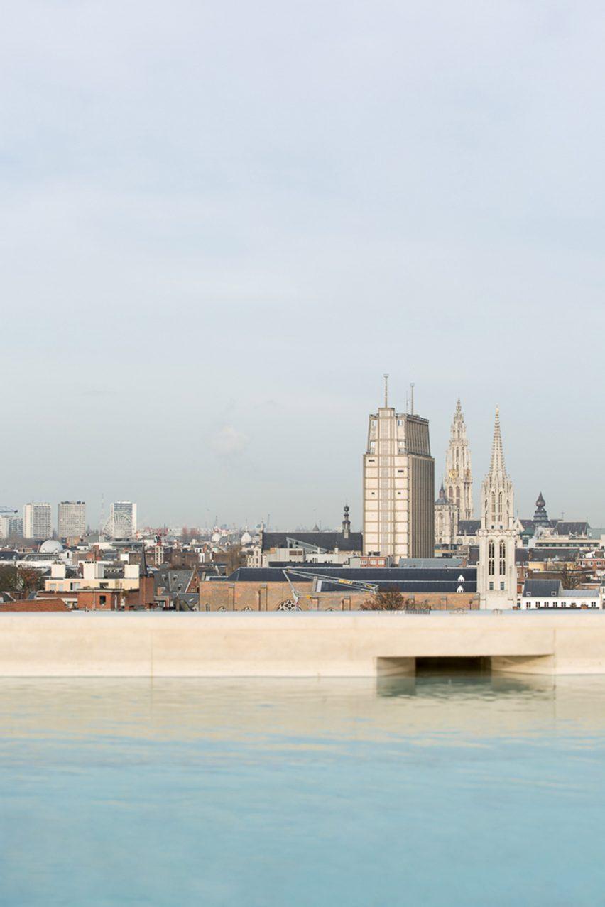 Penthouse Brtiselei by Hans Verstuyft Architecten