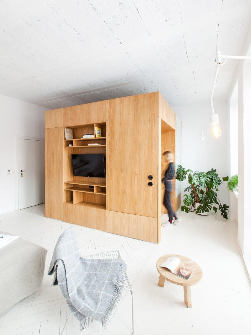 perla-brewery-apartments-poland-projekt-praga_dezeen_2364_col_13