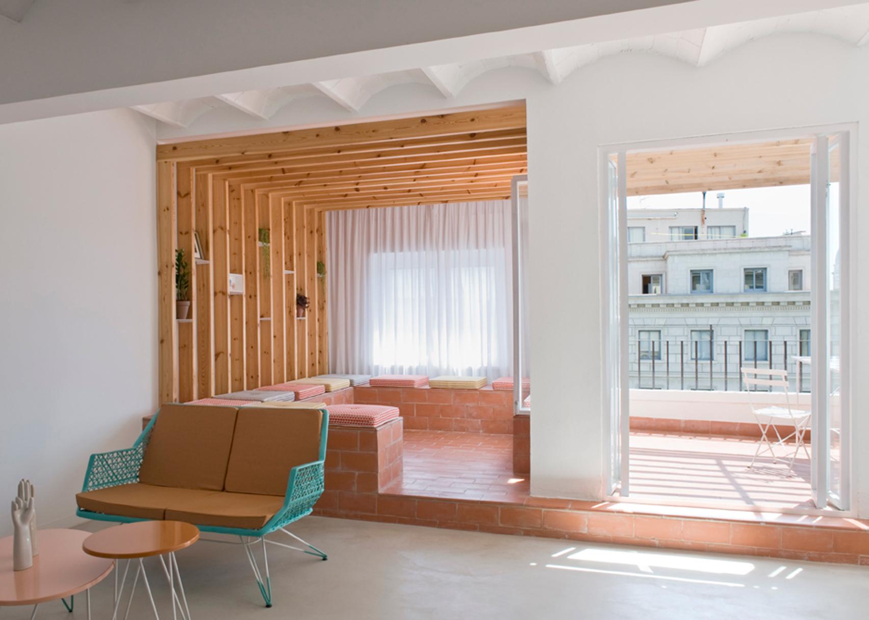 Rocha apartment by CaSA