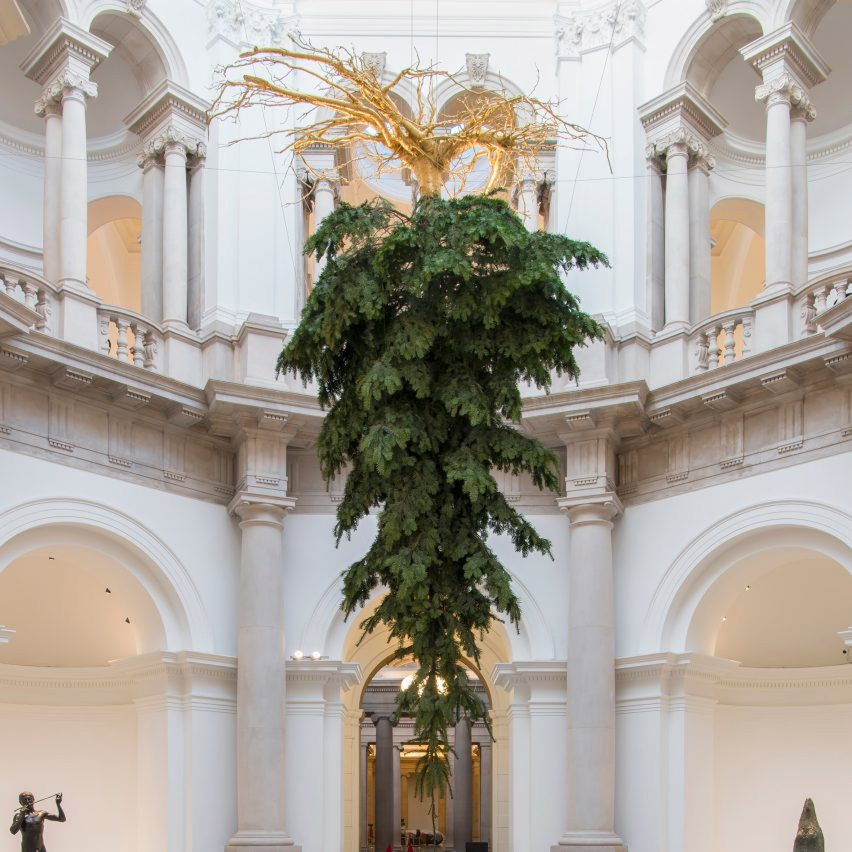 six-best-christmas-tree-roundup-_dezeen_1704_col_5