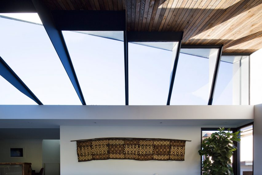 Skylight House Nick Bell Design Architecture  Residential Australia_dezeen_2364_col_4