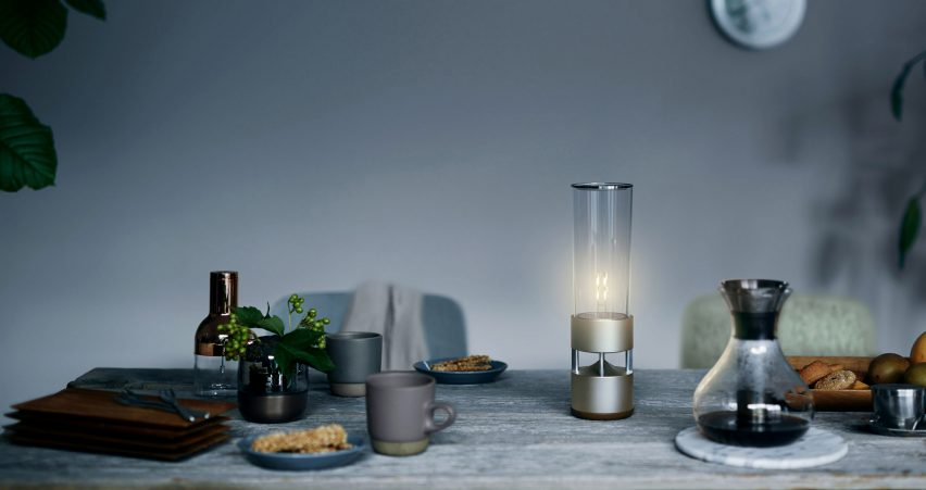 sony-glass-sound-speaker-bluetooth-competition_dezeen_2364_col_4