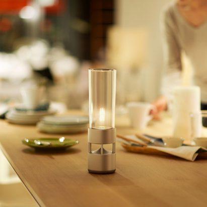 sony-glass-sound-speaker-bluetooth-competition_dezeen_sq