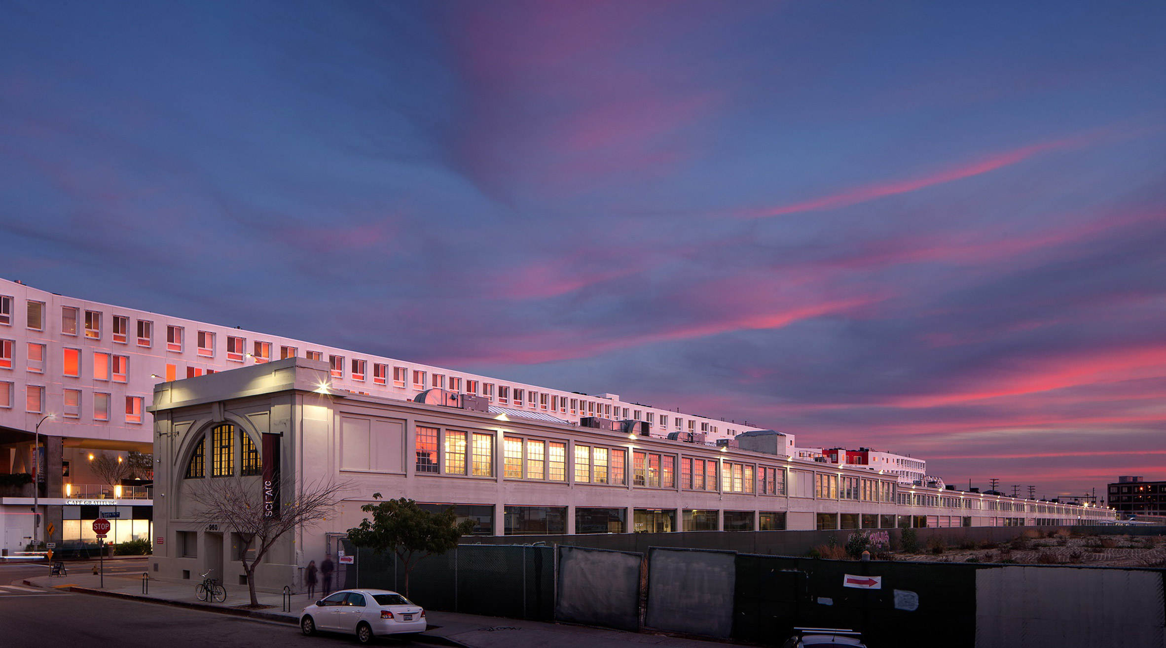 Final call for architecture students to apply for sci arc for Southern california architecture firms