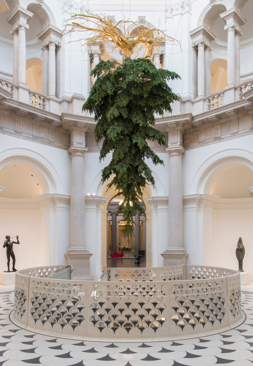 tate-christmas-tree-design-museum-christmas_dezeen_2364_col_1