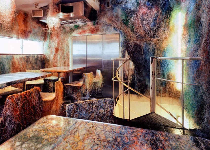 Tetchan Bar by Kengo Kuma