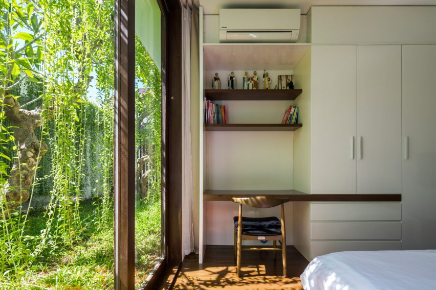 the-drawers-house-vietnam-mia-design-studio-architecture_dezeen_2364_col_17