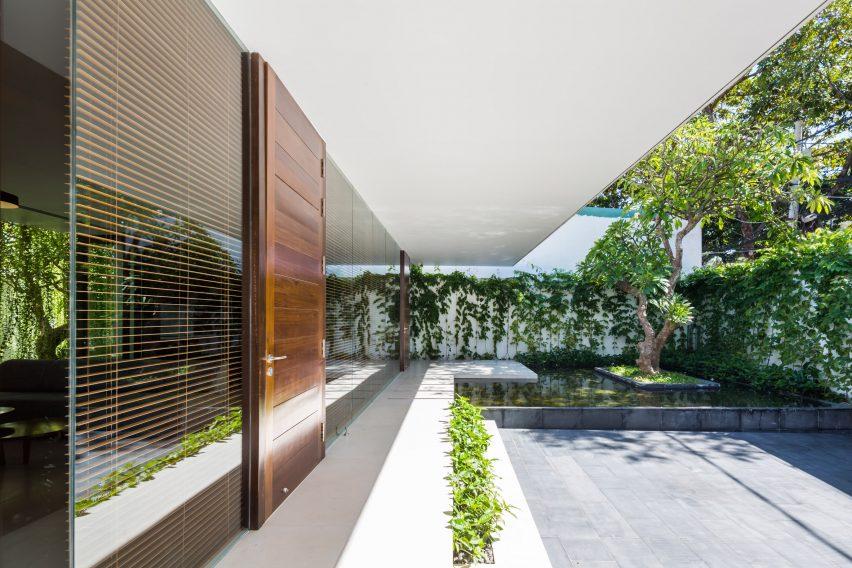 the-drawers-house-vietnam-mia-design-studio-architecture_dezeen_2364_col_5