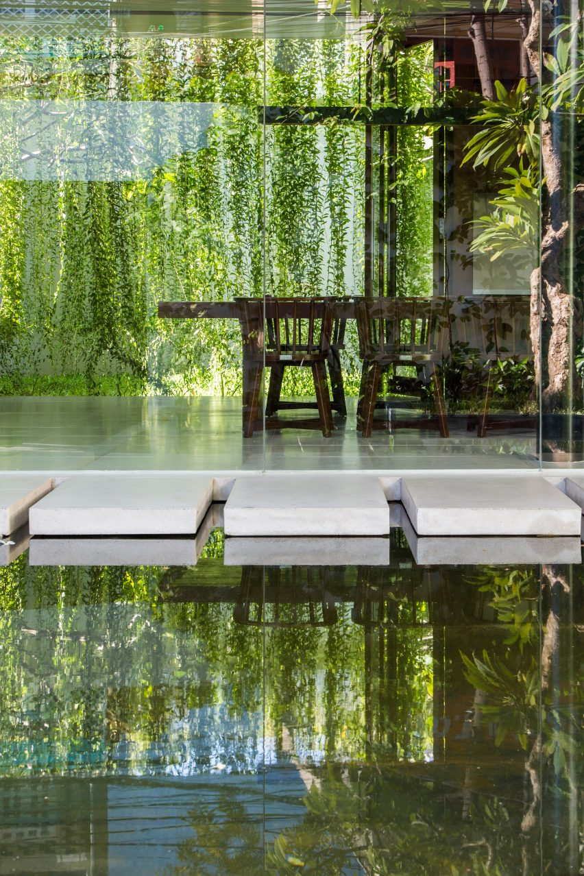 the-drawers-house-vietnam-mia-design-studio-architecture_dezeen_2364_col_6
