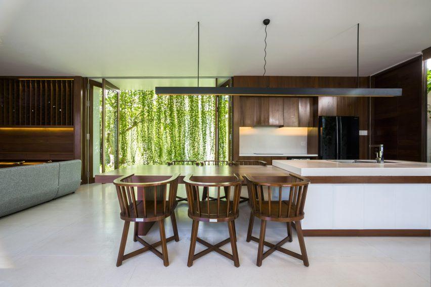 the-drawers-house-vietnam-mia-design-studio-architecture_dezeen_2364_col_9