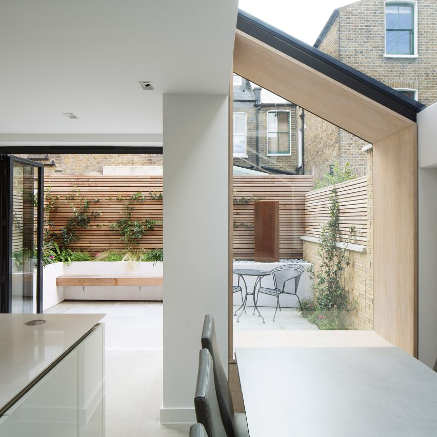 the-lined-extension-yard-architects-dont-move-improve-extensions_dezeen_sq