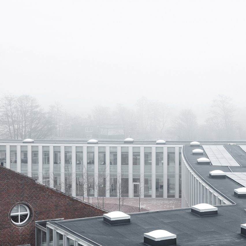 tonder-townhall-extension-renovation-sleth-architecture-infrastructure-denmark_dezeen_2364_col_4