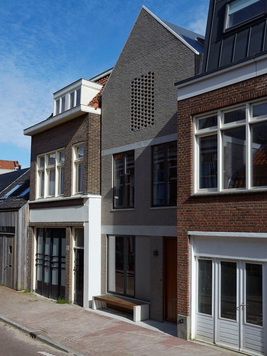 wenslauer-house-31-44-amsterdam-architecture-residential_dezeen_2364_col_14