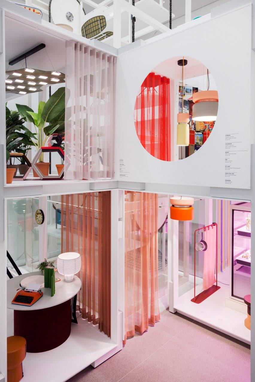 werner-aisslinger-house-wonders-installation-pinakothek-der-moderne-in-munich-_dezeen_2364_col_12