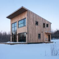 Atelier l'Abri designs Canadian cabin for carpenter to build himself