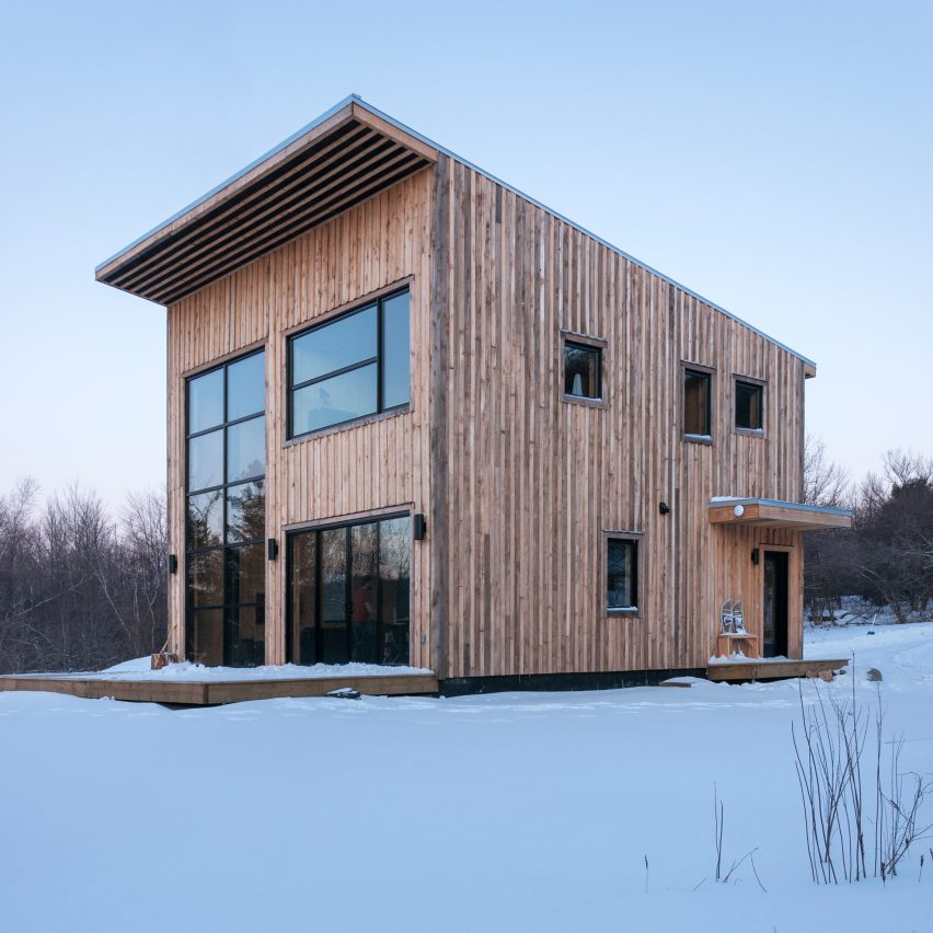 Wood Duck by Atelier L'Abri architecture residential