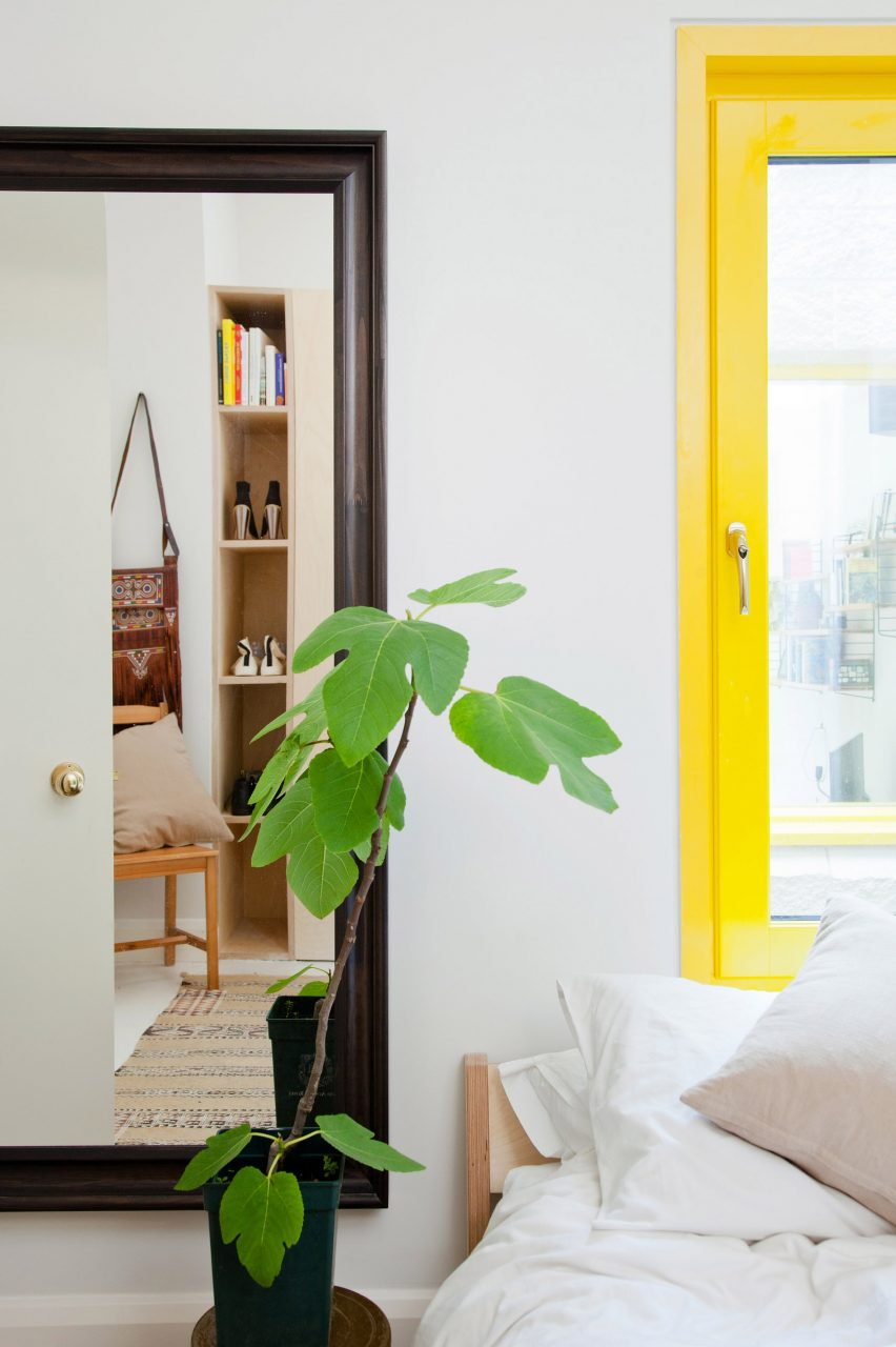 yellow-house-nimtim-architects-interior-london-extensions_dezeen_2364_col_11