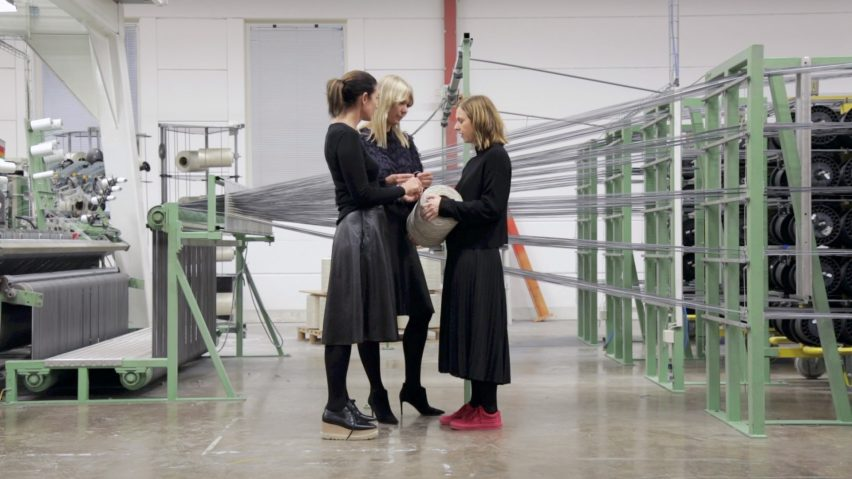 Annica and Marie Eklund with Petra Lundblad in the Bolon weavery