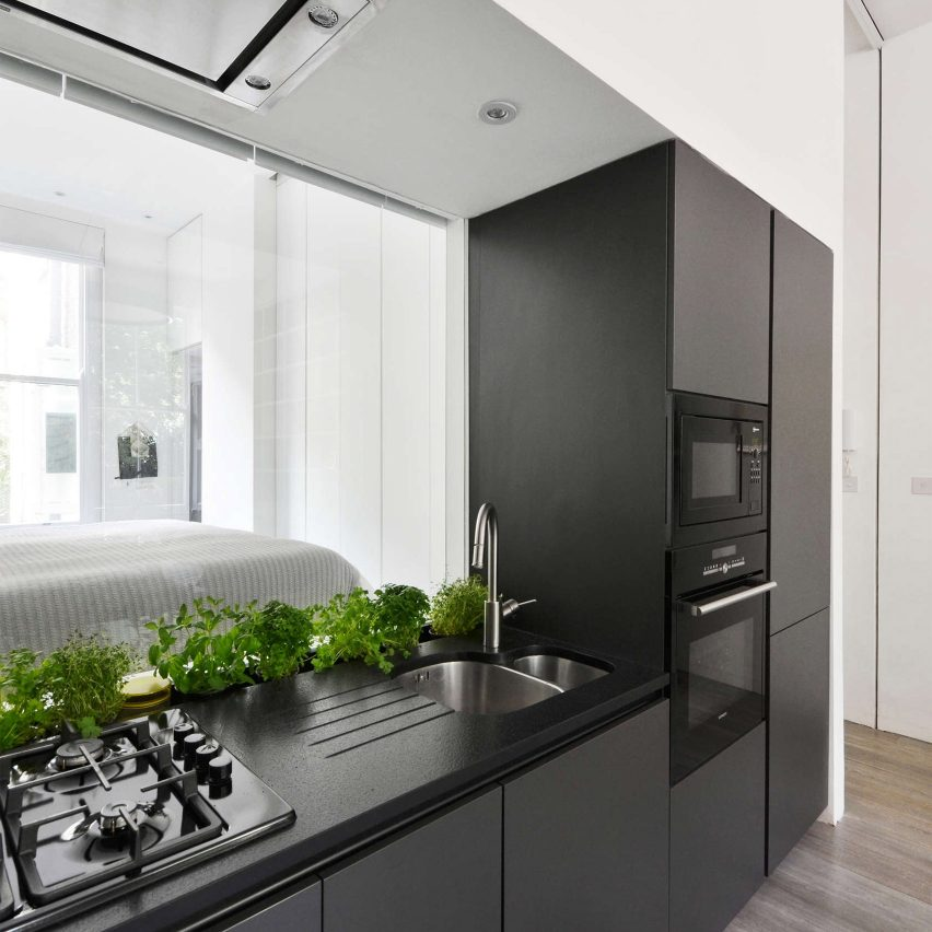 nevern-square-apartment-london-daniele-petteno-architecture-workshop-pinterest-monochrome_dezeen_1704_col_1