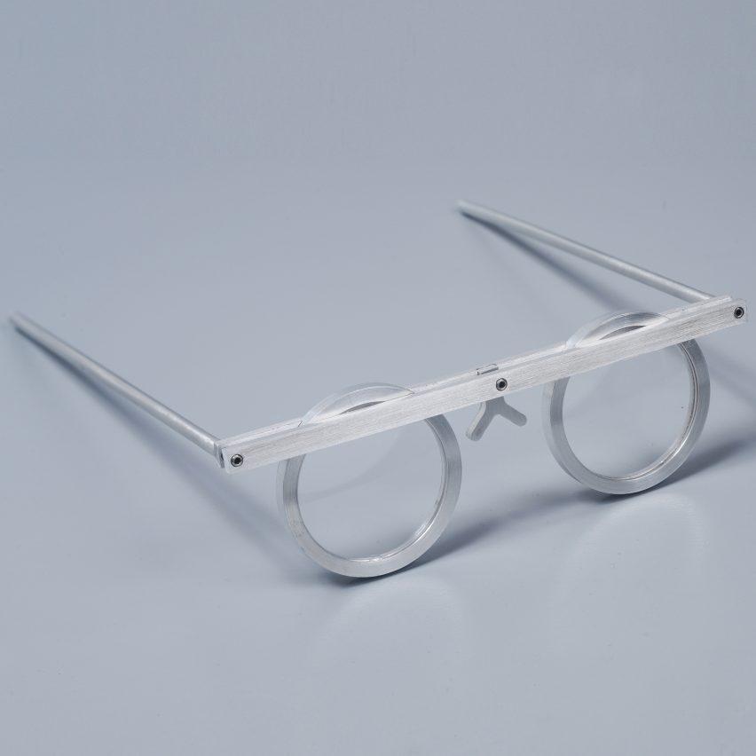 asaf-weinbroom-design-overview-eyewear-exhibition-design-museum-holon_dezeen_sq