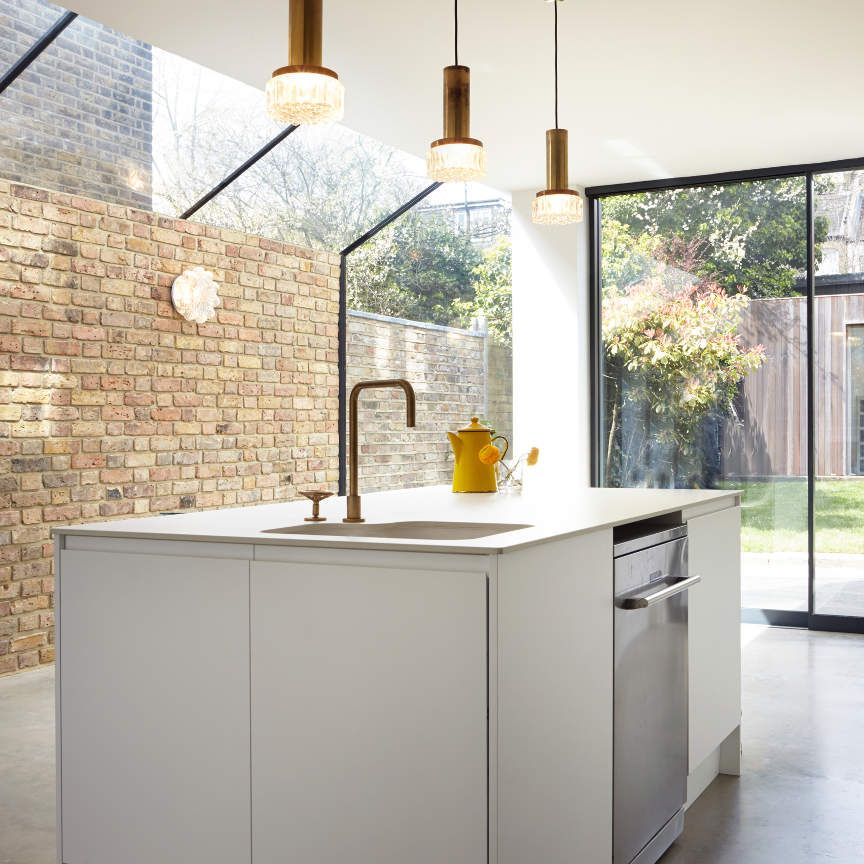 10 of the best london house extensions from dezeen s for London kitchen decor