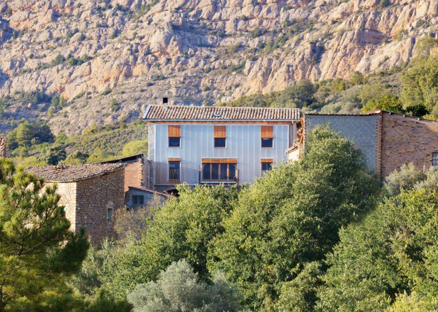 Casa Policarbonat by Bunyesc Arquitectes