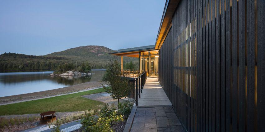 Centre de Services le Bonnalie by Anne Carrier Architecture