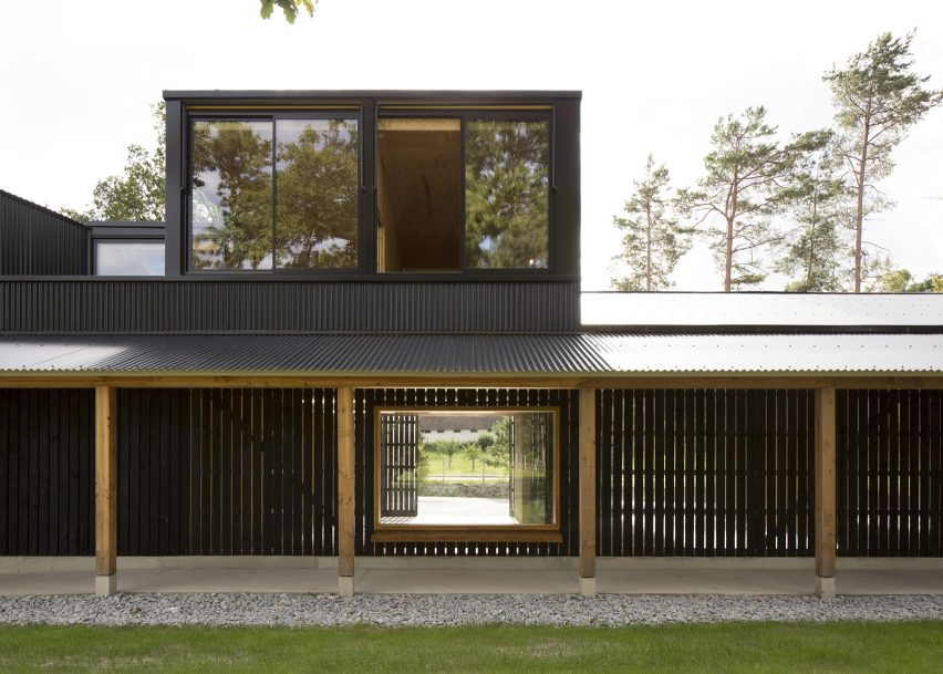 Community Workshop, Poigny-la-Forêt, by Boidot Robin Architectes