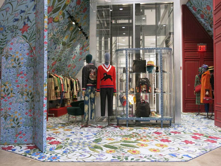 dover-street-market-ny-overhaul-showrooms-interiors-fashion_dezeen_2364_col_18