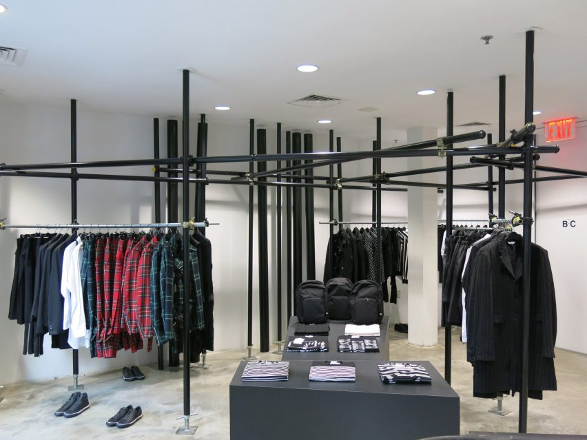 dover-street-market-ny-overhaul-showrooms-interiors-fashion_dezeen_2364_col_2