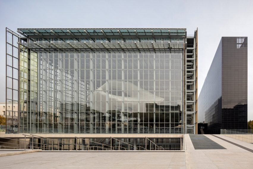 EUR-congress center in Rome by Fuksas