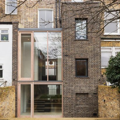 florence-street-gundry-ducker-architecture-residential-houses-london-extensions_dezeen_2364_sq