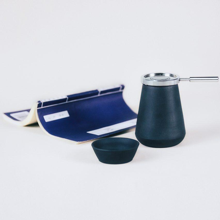 hei-chang-liu-design-teapot-homeware-applicances-kitchen_dezeen_2364_col_0