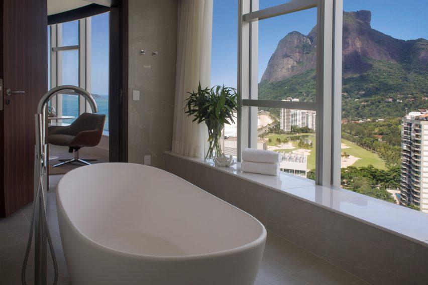 hotel-nacional-oscar-niemeyer-renovation-interiors-rio-news_dezeen_2364_col_15