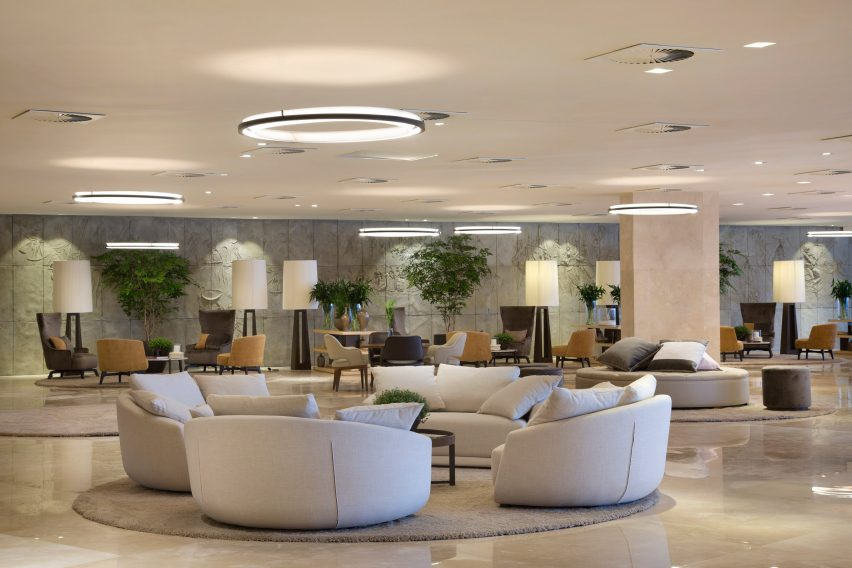 hotel-nacional-oscar-niemeyer-renovation-interiors-rio-news_dezeen_2364_col_5