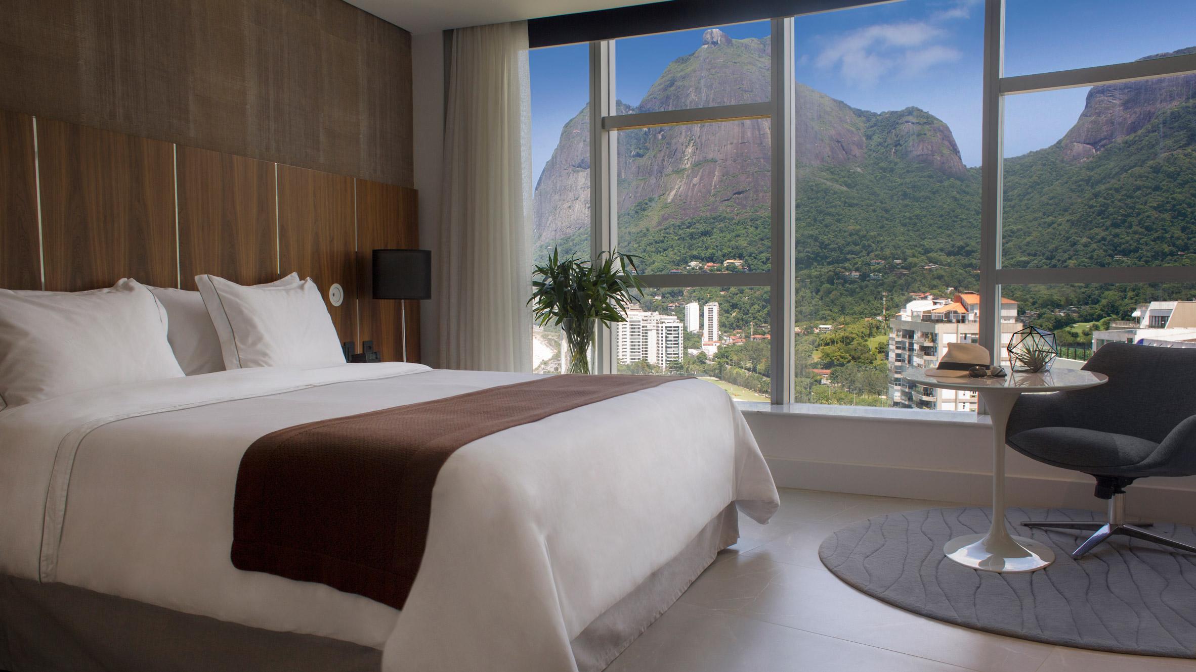 hotel-nacional-oscar-niemeyer-renovation-interiors-rio-news_dezeen_2364_hero