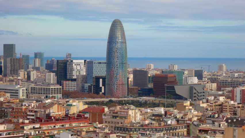 Impracticality Drives Tenants Out Of Jean Nouvels Barcelona Skyscraper - London-gherkin-an-unusual-eggshaped-building