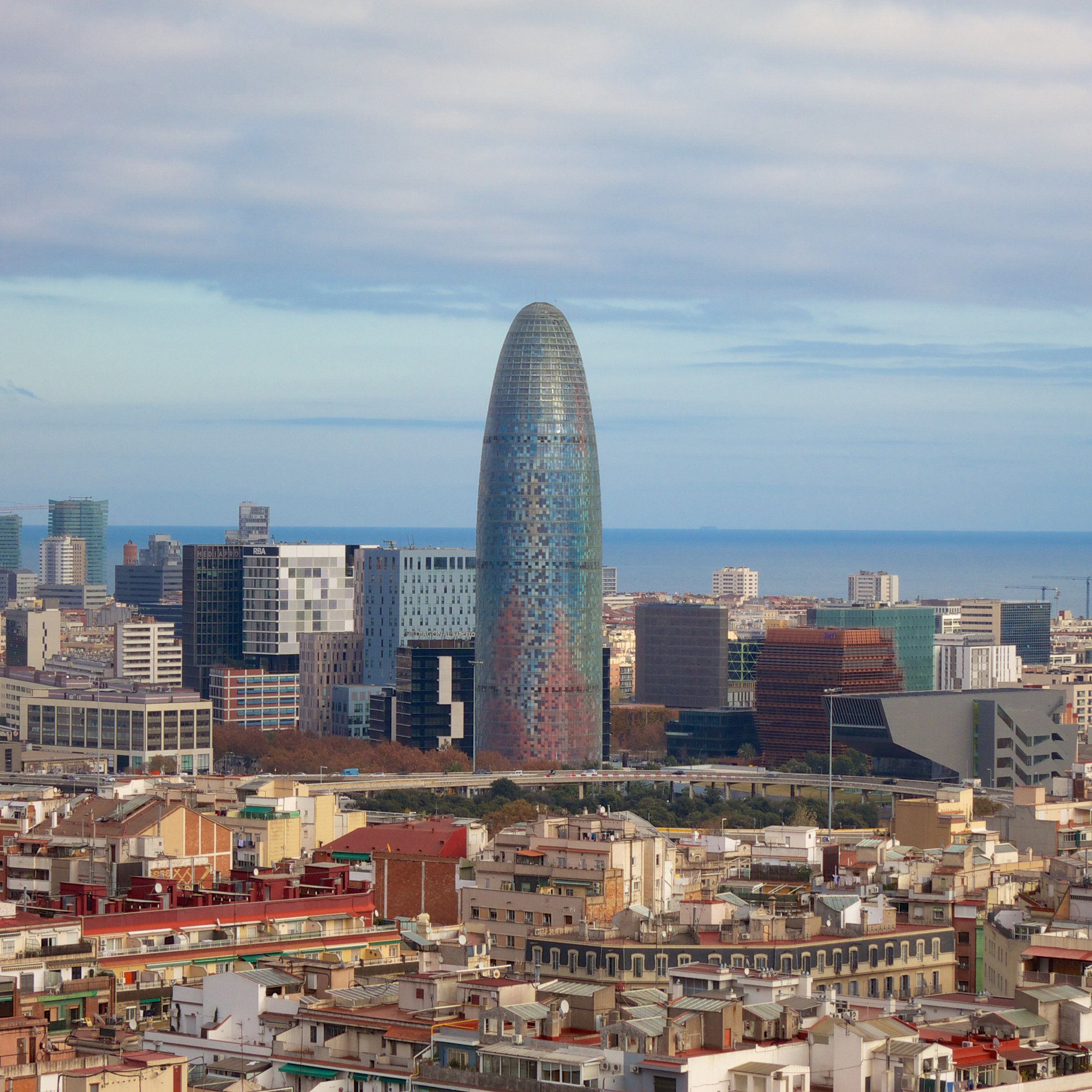 Impracticality drives tenants out of Jean Nouvel's Barcelona ...