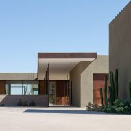 Accessible Arizona home by Ibarraro Rosano is lifted above the desert landscape