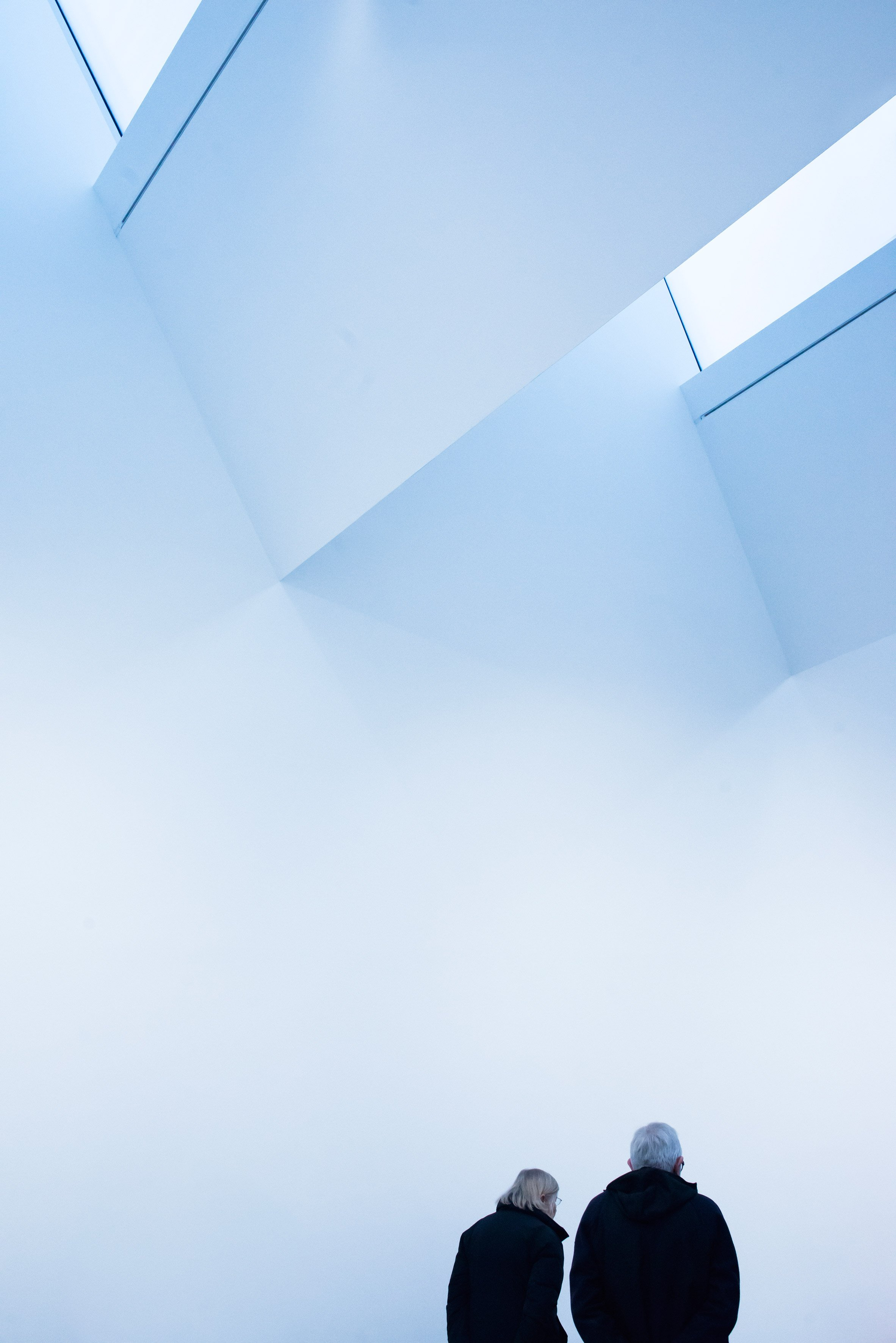 Caruso St John's Newport Street Gallery is bathed in blue light in Simone Bossi's photography