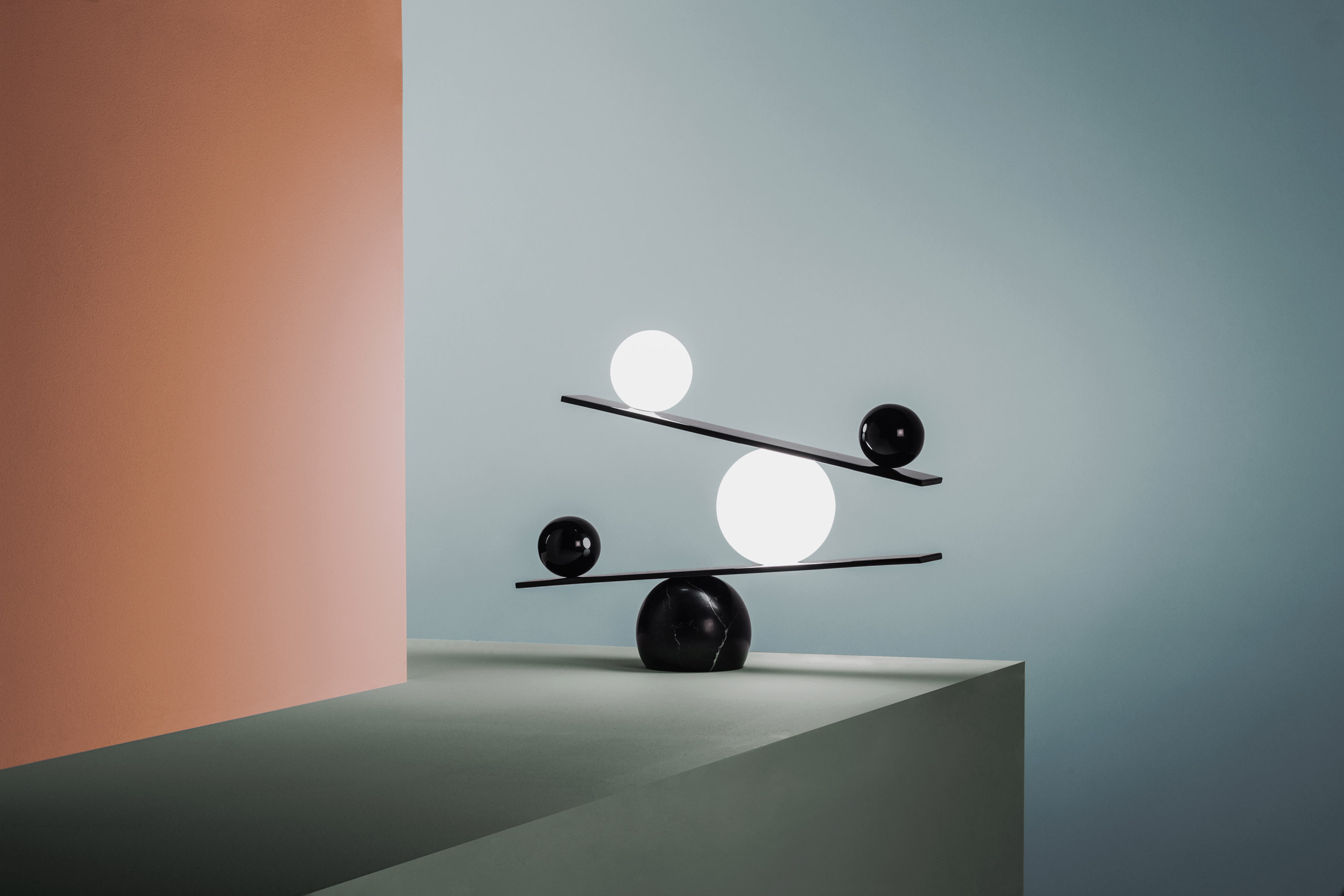 Victor Castanera designs balancing lamp made up of monochrome spheres