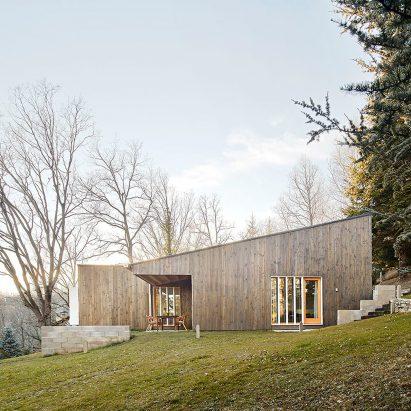 prefab-cottage-pyrenees-marc-mogas-architecture-residential_dezeen_sq