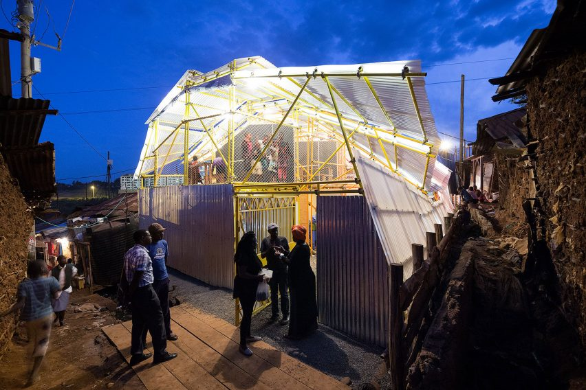 selgas-cano-second-home-project-in-kibera-rohan-silva_dezeen_2364_col_13