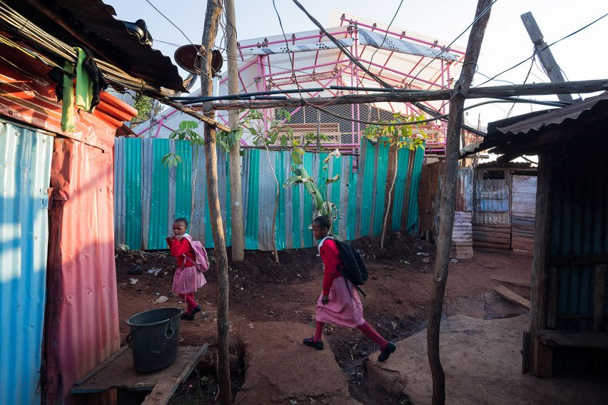 selgas-cano-second-home-project-in-kibera-rohan-silva_dezeen_2364_col_22