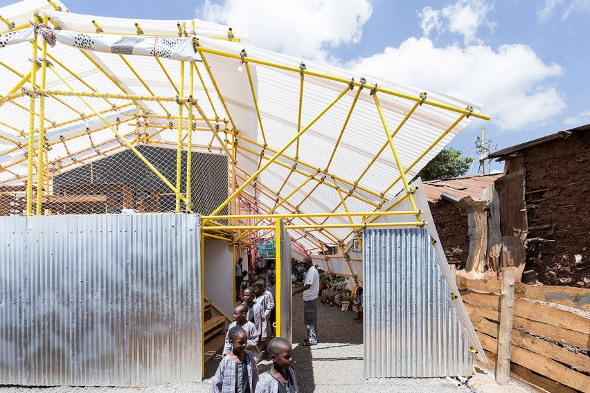 selgas-cano-second-home-project-in-kibera-rohan-silva_dezeen_2364_col_46