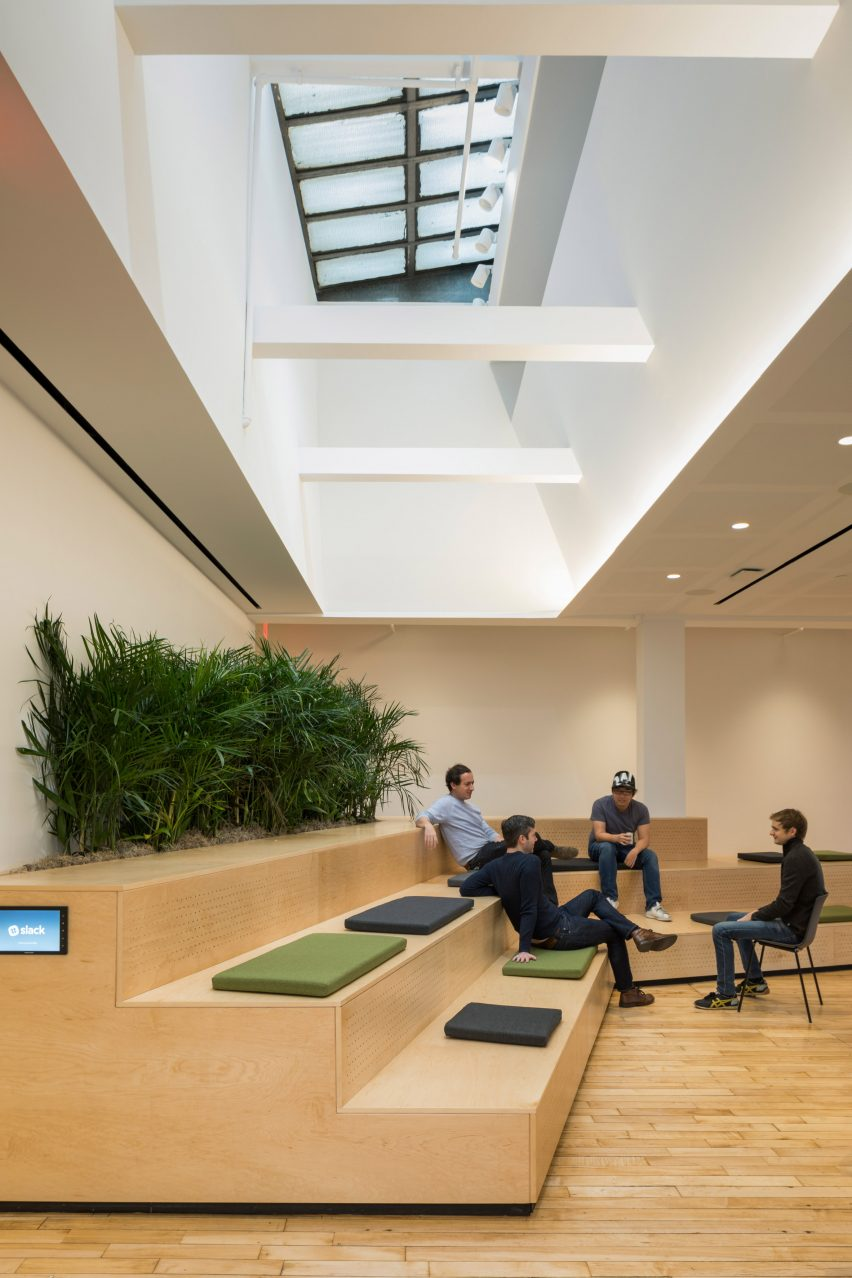 square designed offices. The 12,000-square-foot Space At Top Of An 1880s Landmarked Building In East Village Was Retrofitted For Slack, Which Offers Messaging Software Square Designed Offices