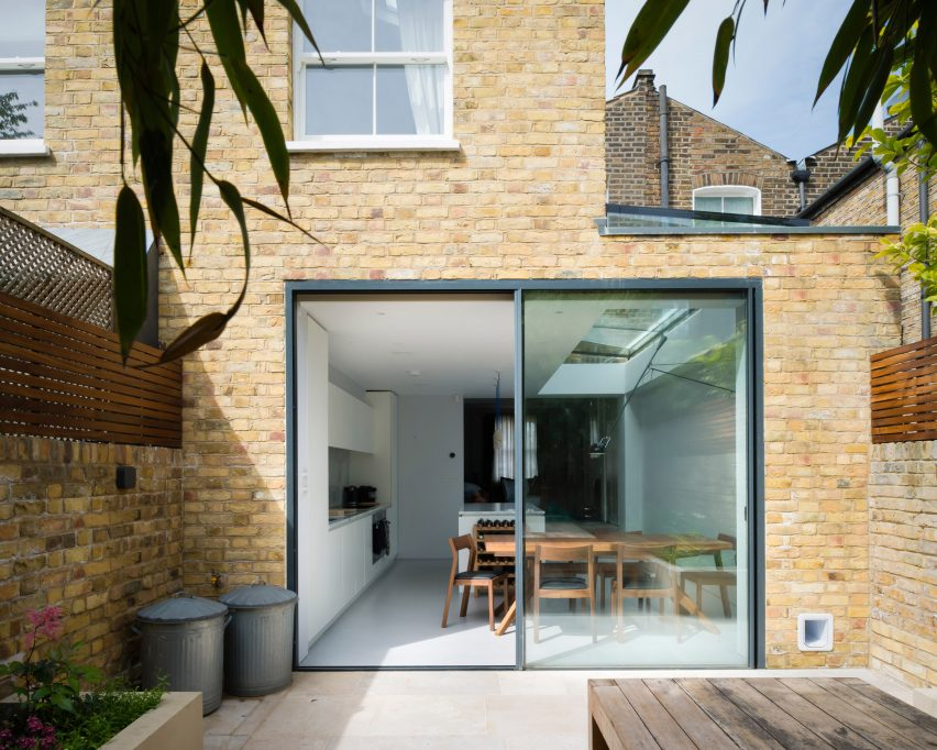 Tandom house extensions by Architecture For London